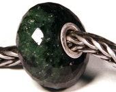 Gemstones by Anne Meiborg - Artisan europian charm bead -  small core - BHB - Ruby Zoisite - 10705