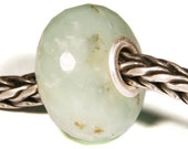 Gemstones by Anne Meiborg - Artisan europian charm bead -  small core - BHB - Green Chalcedony - 10876