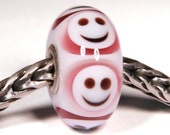 Lampwork by Anne Meiborg - Artisan charm bead small core - BHB glass bead - Pink smiley - 10829