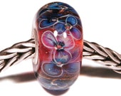Lampwork by Anne Meiborg - Artisan charm bead small core - BHB glass bead - Pink BLue Flowers - 11238