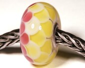 Lampwork by Anne Meiborg - Artisan charm bead small core - BHB glass bead - Yellow Pink - 10723
