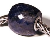 Gemstones by Anne Meiborg - Artisan europian charm bead small core - BHB - Sapphire Corundum - 10806