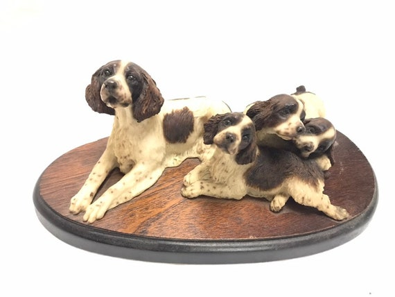 BRITTANY liver white puppy TiNY Dog FIGURINE Resin MINIATURE Spaniel Mini Statue