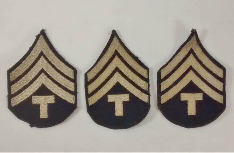 WW2 WWII Issue Embroidered Chevrons Dress Blues Technician 4th Grade  Soldier US Army Military Silver Gray Set of 3 Patches