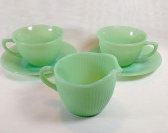 5 Piece Jadeite Fire King Jane Ray Cups Saucers Creamer Anchor Hocking Oven Glass Glassware 18977