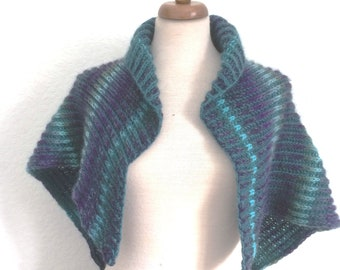 Brioche ribbed Shawl knitting pattern with centre heart motif