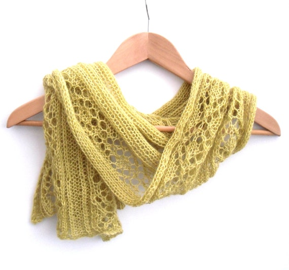 Knitting Pattern for Lady/'s Beautiful Lace Stole