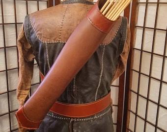 Ranger's Back Quiver - Right or Left Handed - Archery/Reenactment/LARP/Renaissance/Medieval - Robin Hood, Archer, Bowman