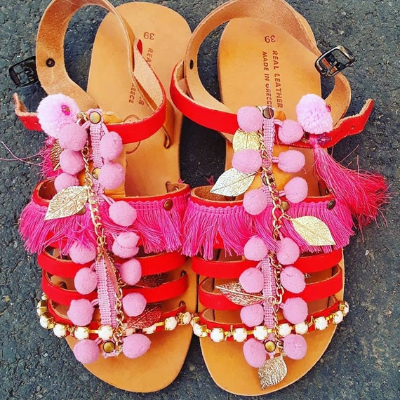 red sandals Leather sandals and Red pink grecques pompom pink gladiators womens sandales pink sandals sandals gladiators pompom womens qIwFXw0
