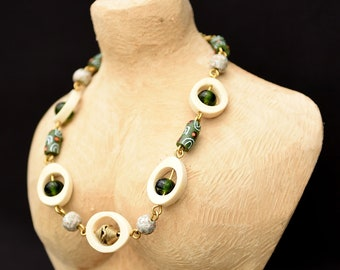 Jungle Green Beaded chunky necklace,Green African beaded necklace,Green jewelry for women