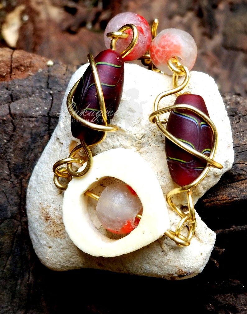 Maroon Wired sassy braceletMaroon handcrafted Unique image 0