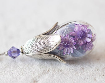 Purple Flowers Terrarium Necklace, Amethyst Crystal Real Preserved Purple Flower Glass Bottle Necklace, Botanical Jewelry, Gift for Women