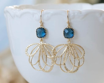 Gold Filigree Navy Blue Dangle Earrings Sapphire Blue Montana Blue Glass Gold Chandelier Earrings Navy Blue Wedding Bridesmaids Earrings