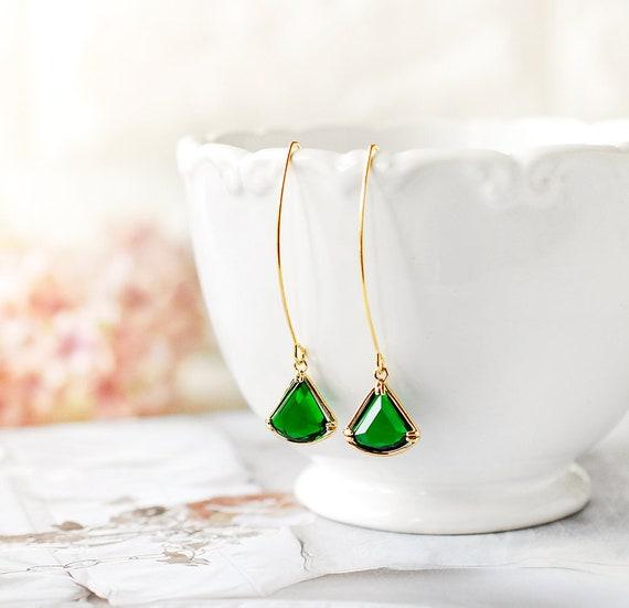 eerste blik top ontwerp goede pasvorm Emerald oorbellen, kan Birthstone, driehoek Fan vorm groen glas steen  oorbellen Emerald sieraden, Emerald bruiloft bruidsmeisje cadeau