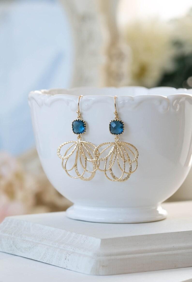 Gold Filigree Navy Blue Dangle Earrings Sapphire Blue Montana Blue Glass Gold Chandelier Earrings Navy Blue Wedding Bridesmaids Earrings