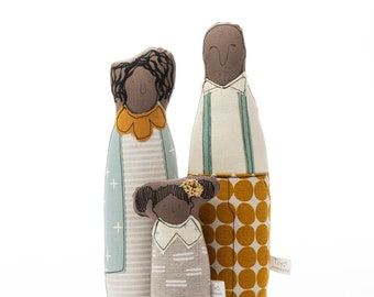 Family portrait, Brown doll, Portrait doll, Family gift, Valentine's gift, Parents & kid, Family illustration, Decorative doll, Textile doll