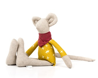 Pure linen mice doll SMALL mouse doll Minimalist rag doll Mouse toy Eco toy for babies Handmade toy Fabric mouse doll Gender neutral gift