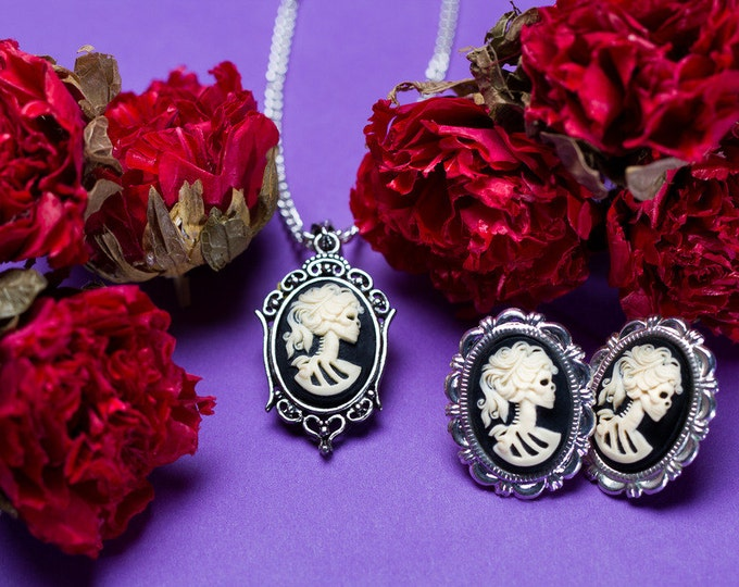 Petite Lolita Necklace Earrings Set