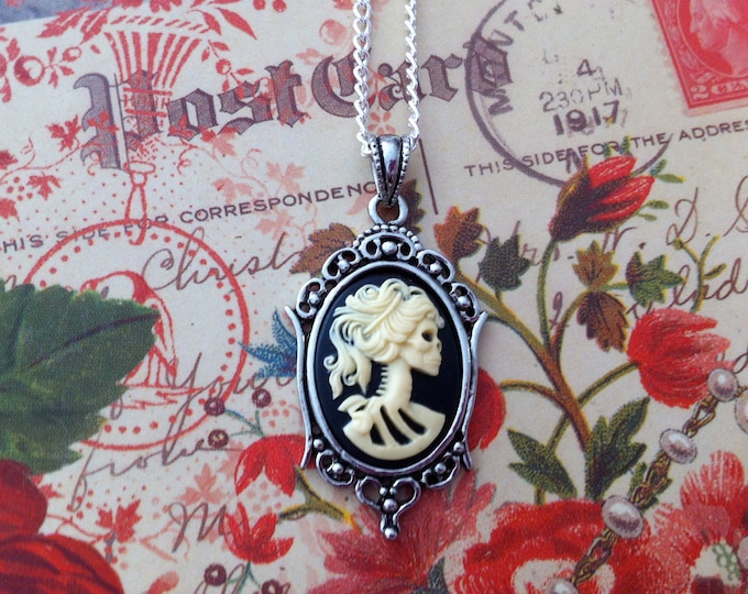 Lolita Skeleton Cameo Necklace - Small Ivory Zombie Lady