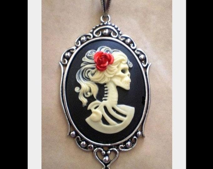 Halloween Jewelry - Skull Necklace - Lolita Skeleton Cameo Necklace - Ivory