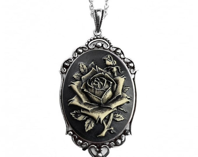 Black Rose Necklace - Vintage Jewelry
