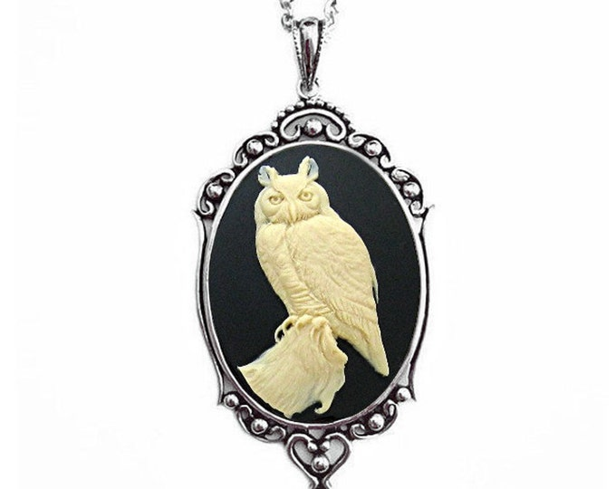 Owl Cameo Necklace - Steampunk Jewelry