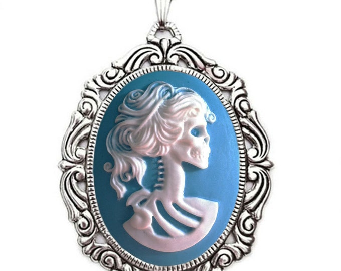 Skeleton Cameo Necklace - Lolita Skull Lady - Turquoise