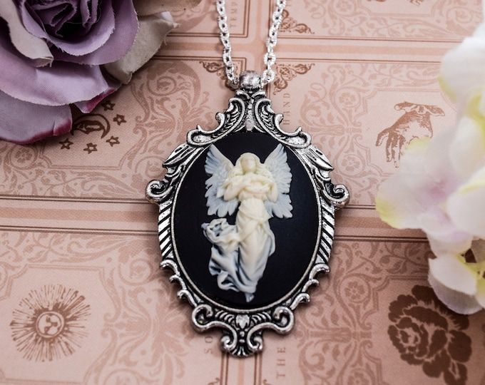 Angel Cameo Necklace - Guardian Angels - Wings Pendant