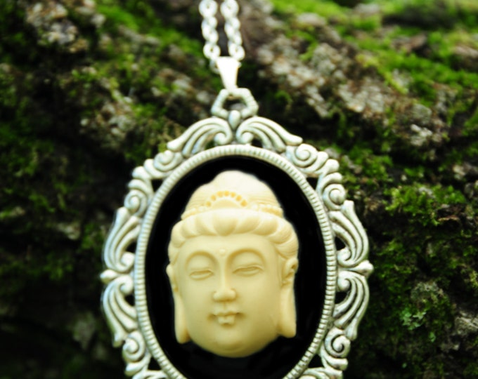 Buddha Cameo Necklace - Spiritual Jewelry