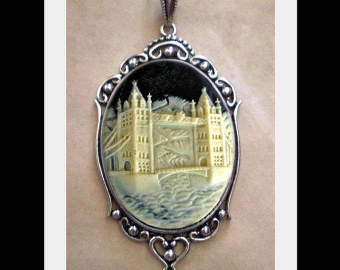 London Tower Bridge Necklace - Victorian Gothic Cameo