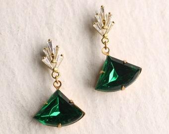 Art Deco Emerald Earrings, Art Nouveau, Baguette Rectangle Emerald Green Diamond Drop Earrings 1920 Chrysler Vintage EMERALD CRYSTAL POST