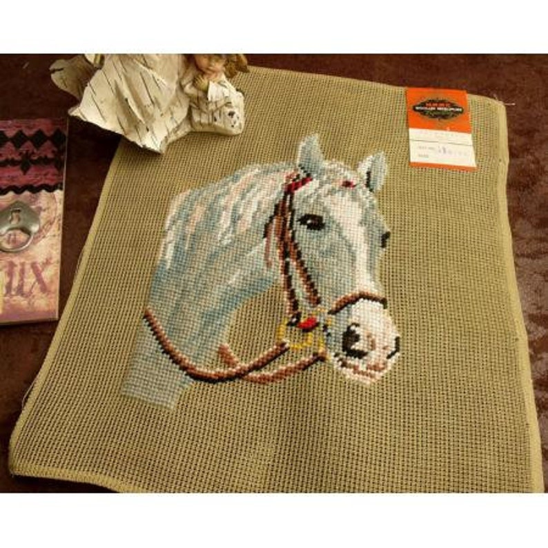 Luxury Mint Horse Elegant  *UNIQUE Antique Vintage 14 PREWORKED Needlepoint Canvas