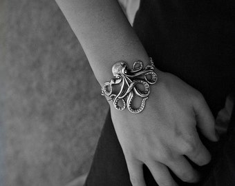 Olivia Paige -Silver Rockabilly octopus bracelet with anchor