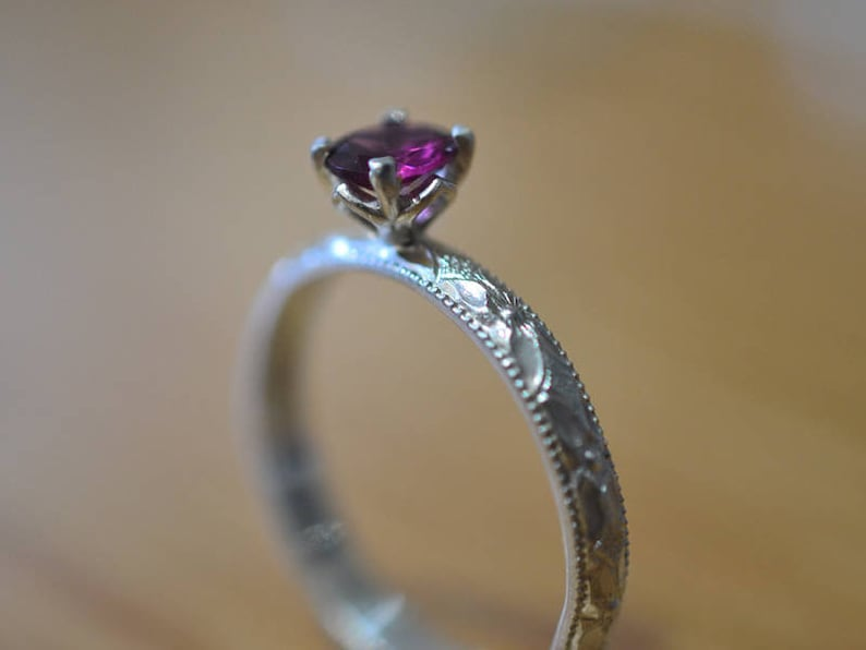 Rhodolite Garnet Engagement Ring Natural Crystal Jewelry 5mm Purple Stone Solitaire Personalised Victorian Style Sterling Silver Band