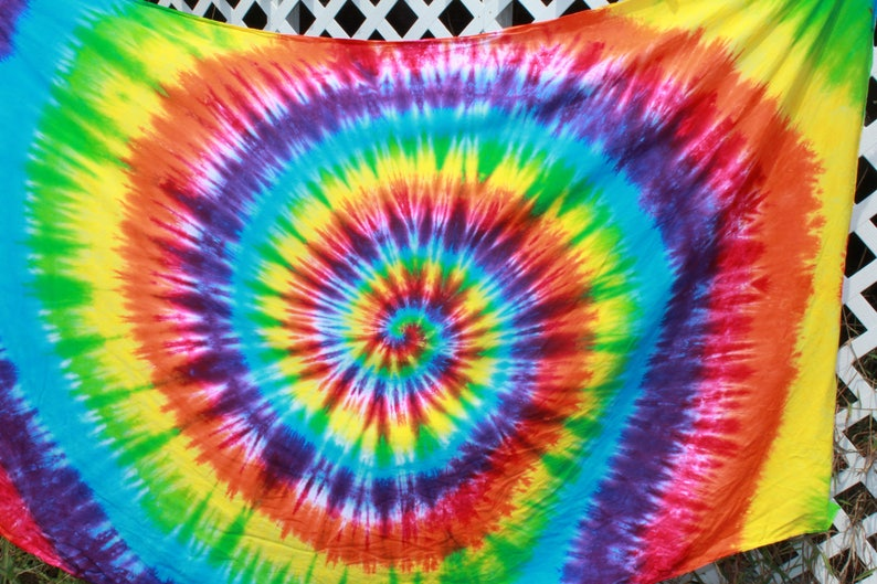 a62f7d366c11 Tie Dye Spiral Design Sarong or Tapestry