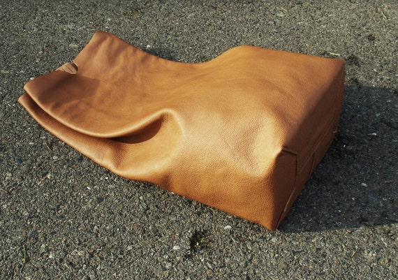 Leather lunch bag clutch handbag tote Choice of leathers - Laurel Dasso