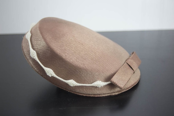 Vintage Calot Hat - Brown with Brown Bow and White