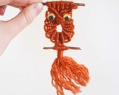 Two Vintage Magnets Owl Bird Seagull Ocean Nautical Seashell Harbor Orange Brown Macrame Kitsch