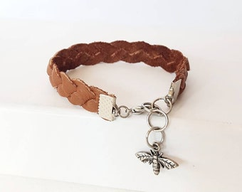 Braided Leather Bracelet, Mystery Braid Wristband, Up-cycled Leather Jewelry, Butter Soft Bohemian Armband, Casual Charm Cuff in Warm Brown