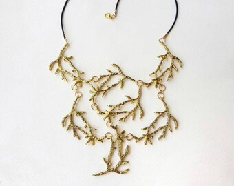 Statement Twig Necklace, Gold Branch Cascading Collar, Bold Elven Nature Jewelry, Woodland Metal Tree Accessory, Rustic Bohemian Wedding Bib