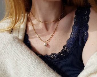 """Gold Link Chain Necklace, Chunky Layered Choker, Adjustable Linked Pearl Necklace, 18"""" Long Paperclip Chain, Oversized Modern Jewelry Lover"""