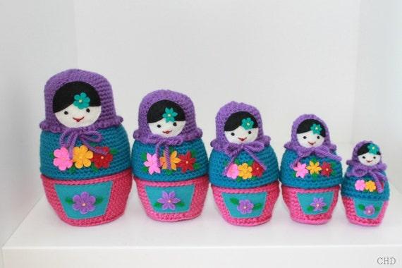 Russian Matryoshka Babushka Nesting Dolls Crochet Pattern