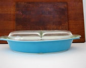Vintage Pyrex Turquoise Blue Divided Dish with Divided Lid Oval Horizon Blue Serving Baking Kitchen Decor