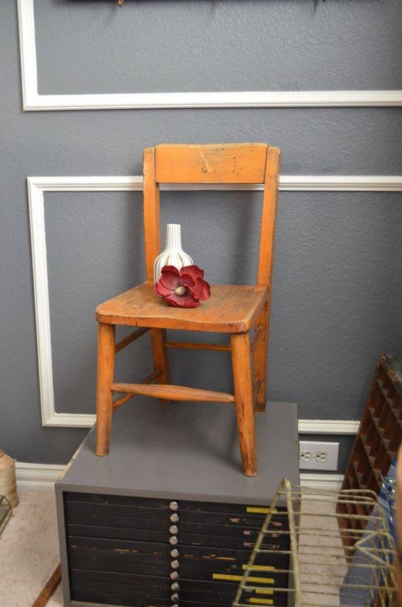 Fabulous Vintage School House Wooden Childs Desk Chair Kid Size Brown Worn Wood Kindergarten Preschool Small Toddler Chair Antique Photo Prop Inzonedesignstudio Interior Chair Design Inzonedesignstudiocom