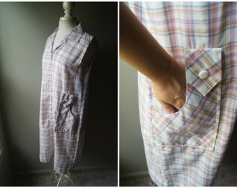 eff83b926793 Vintage 70 s Cotton Sheath Dress Plaid House Dress Tunic Dress with Pockets  Sleeveless Zipper Front Medium Large Casual Boho Bohemian