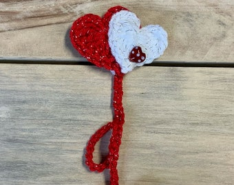 Crochet bookmark, hearts bling bookmark Valentine's Day, loved ones book lover, reading lover librarian teacher bookworm gift