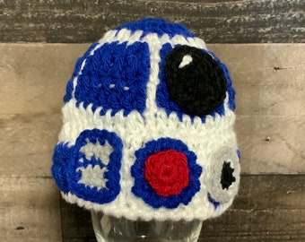 Crochet 3-6 month size droid hat, 3 to 6 month baby robot hat, photo prop, baby shower gift, ready to ship