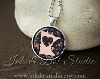 Floral Minnesota State Necklace, Minnesota Love Pendant, Minnesota State Pendant, Minnesota Gift, Minnesota Necklace, MN State