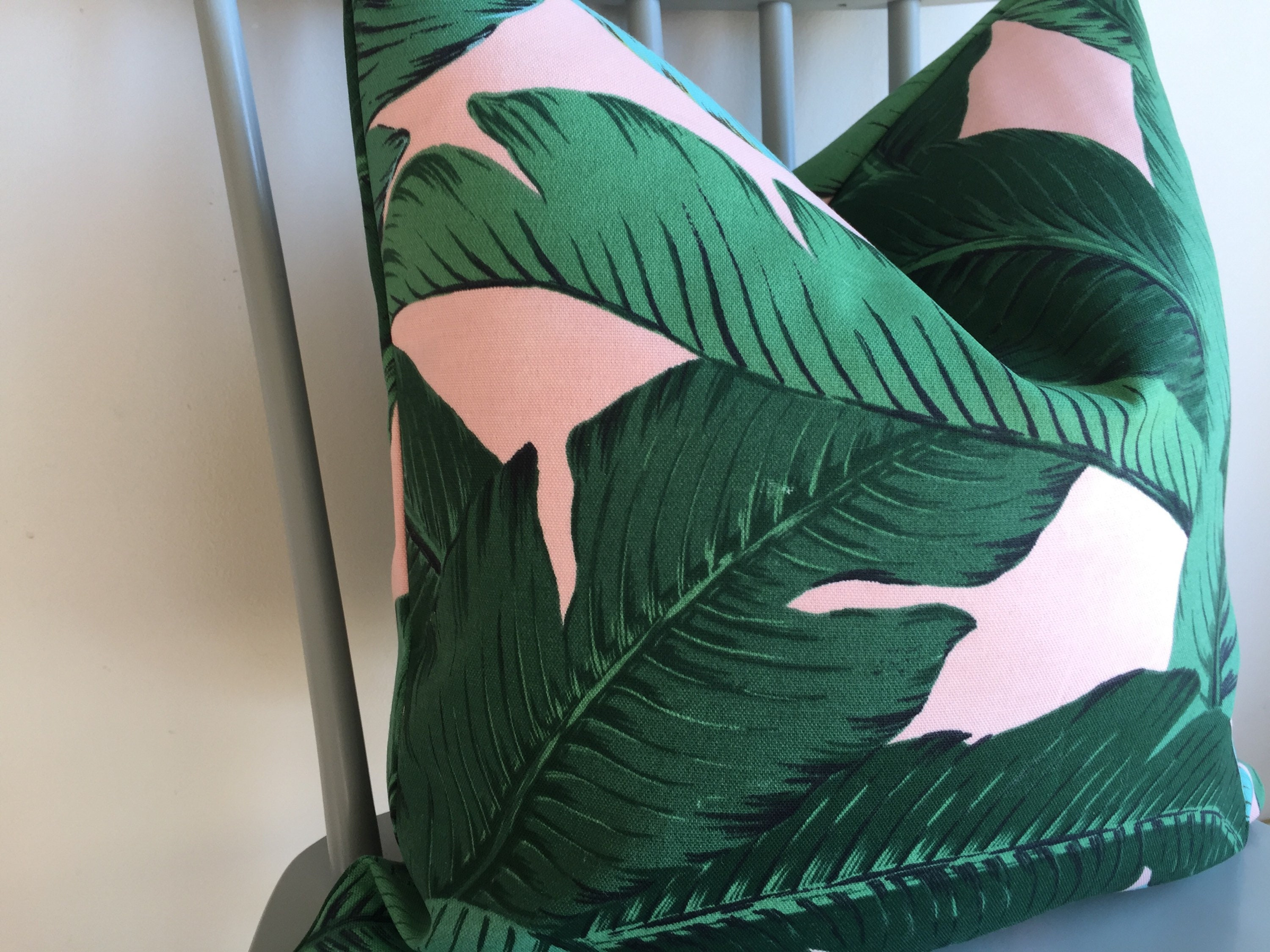 Designer Tommy Bahama Swaying Palms Pink Green Outdoor