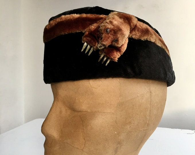 "Victorian Little Monster Hat, 21"" band"
